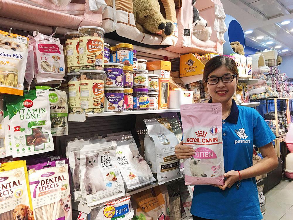 Bảng giá Royal Canin thức ăn cho mèo giá rẻ